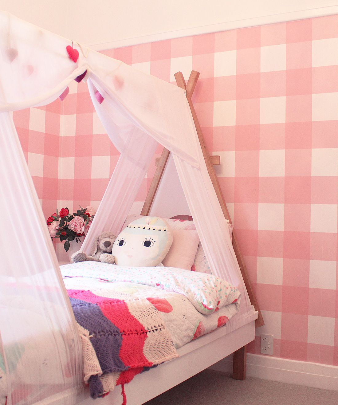 Buffalo Check Wallpaper • Kids Bedroom • Pink Plaid Wallpaper