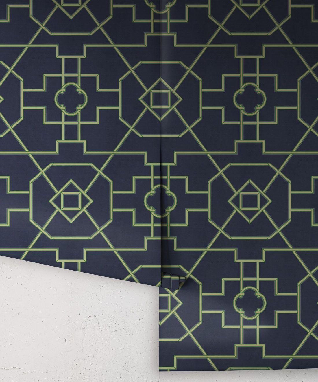 Trellis wallpaper •Milton & King UK