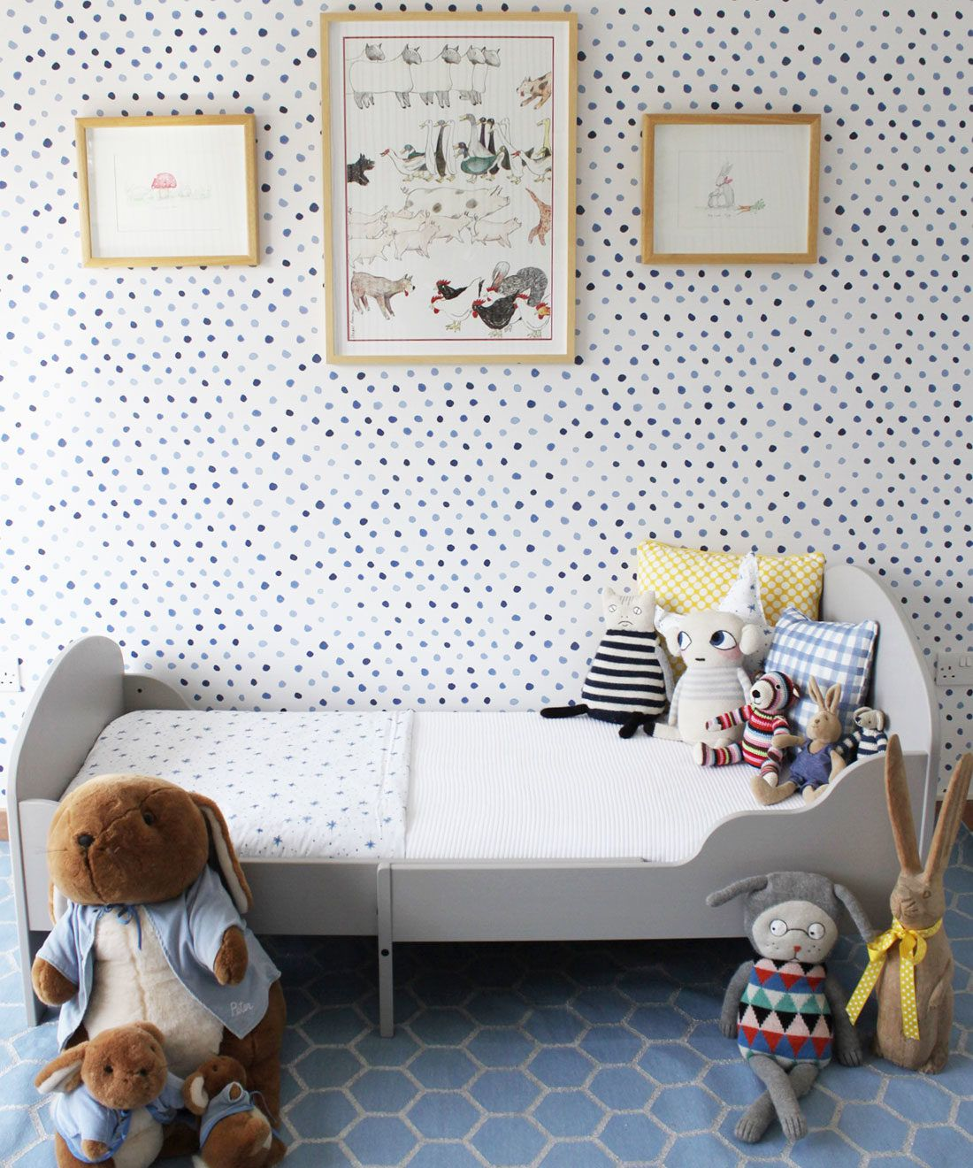 Dibba Dots • Georgia MacMillan • Blue Dotty Wallpaper • Milton & King Europe