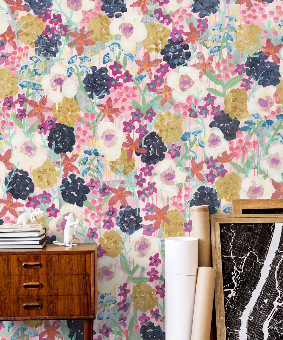 Garden State Wallpaper •Colourful Floral Wallpaper • Tiff Manuell • Abstract Expressionist Wallpaper • Close Up Insitu