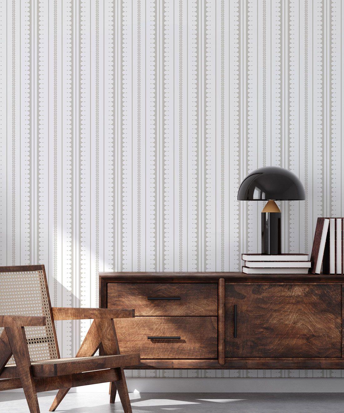 La Grand Coquille • Stripe and Scallop Wallpaper • Beige • Insitu