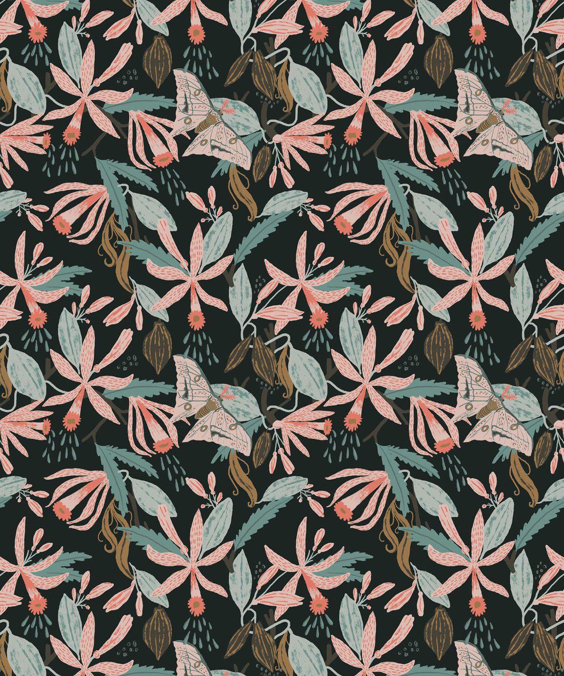 Vanilla Moth Wallpaper