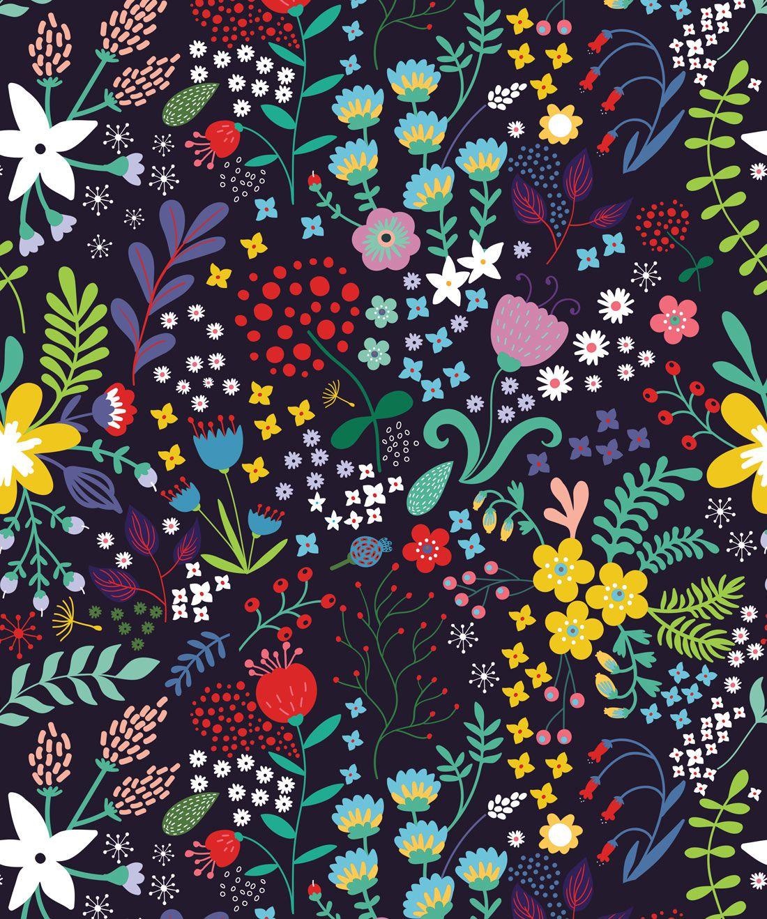 Friday Floral Wallpaper