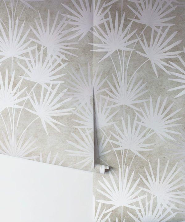 Oriental Palm leaf wallpaper Beige