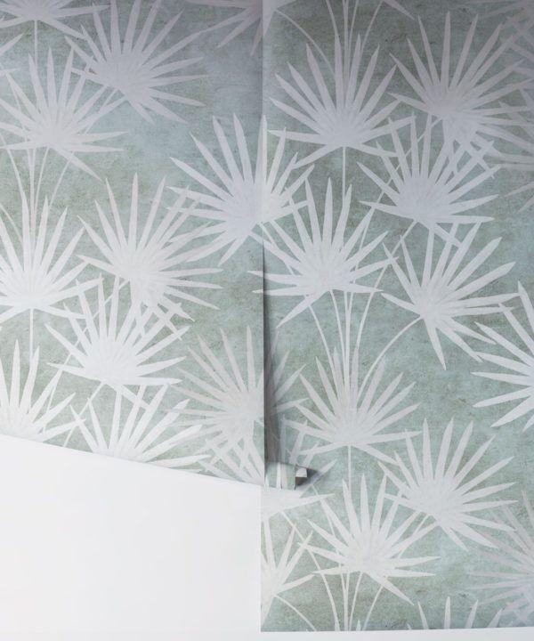 Oriental Palm leaf wallpaper