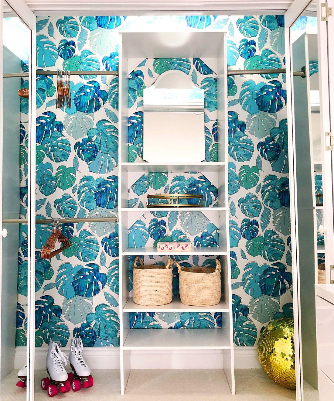 Tropicale Wallpaper • Tropical Wallpaper • Tween Bedroom • Turquoise Wallpaper • Kelly Lee •One Room Challenge