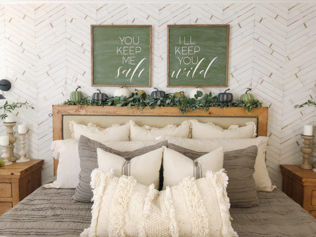 Distressed Timber Chevron Wallpaper, best bedroom wallpaper,