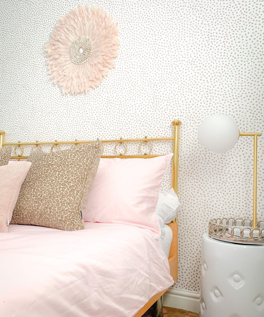 Huddy's Dots Wallpaper • Milton & King