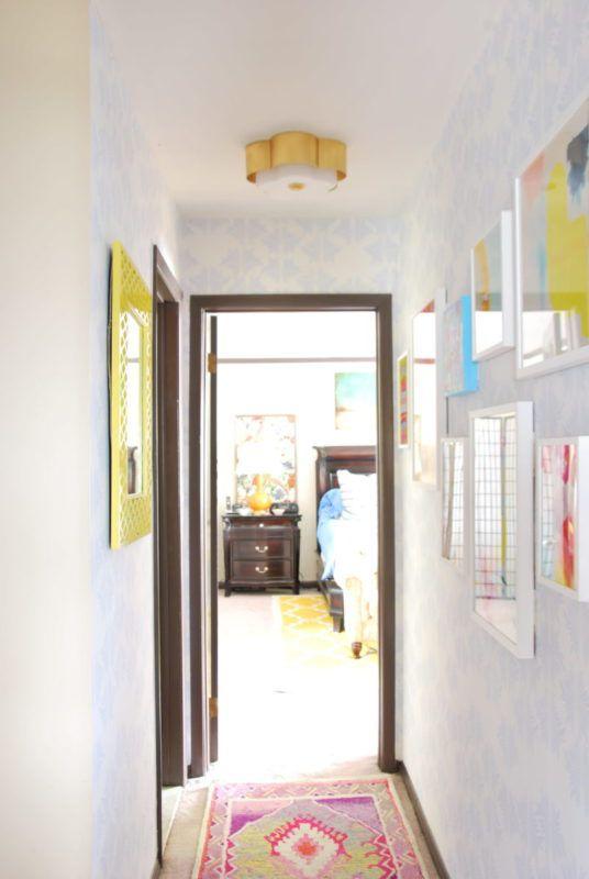 Sarah Annie Wallpaper • Hallway Wallpaper • Camilla Pavone