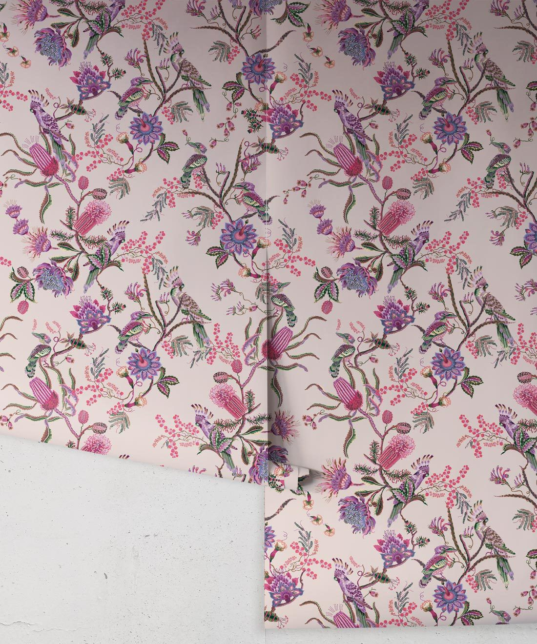 Matilda Wallpaper • Cockatoo, kookaburra • Australian Wallpaper • Milton & King USA • Pinky Roll