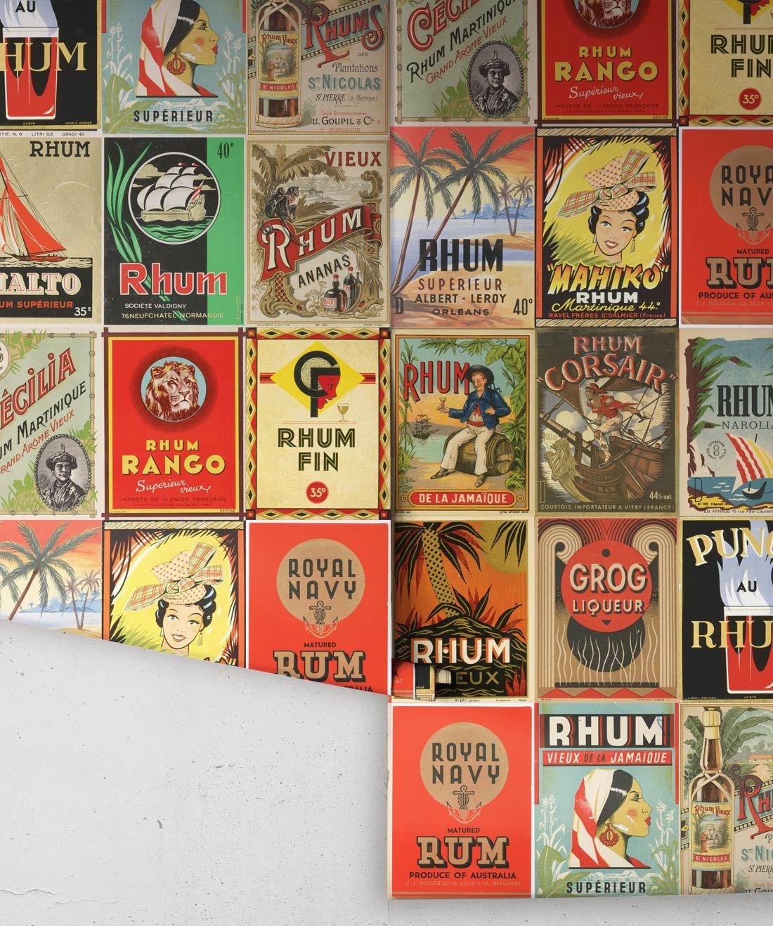 Caribbean Water - Rhum Wallpaper • Milton & King