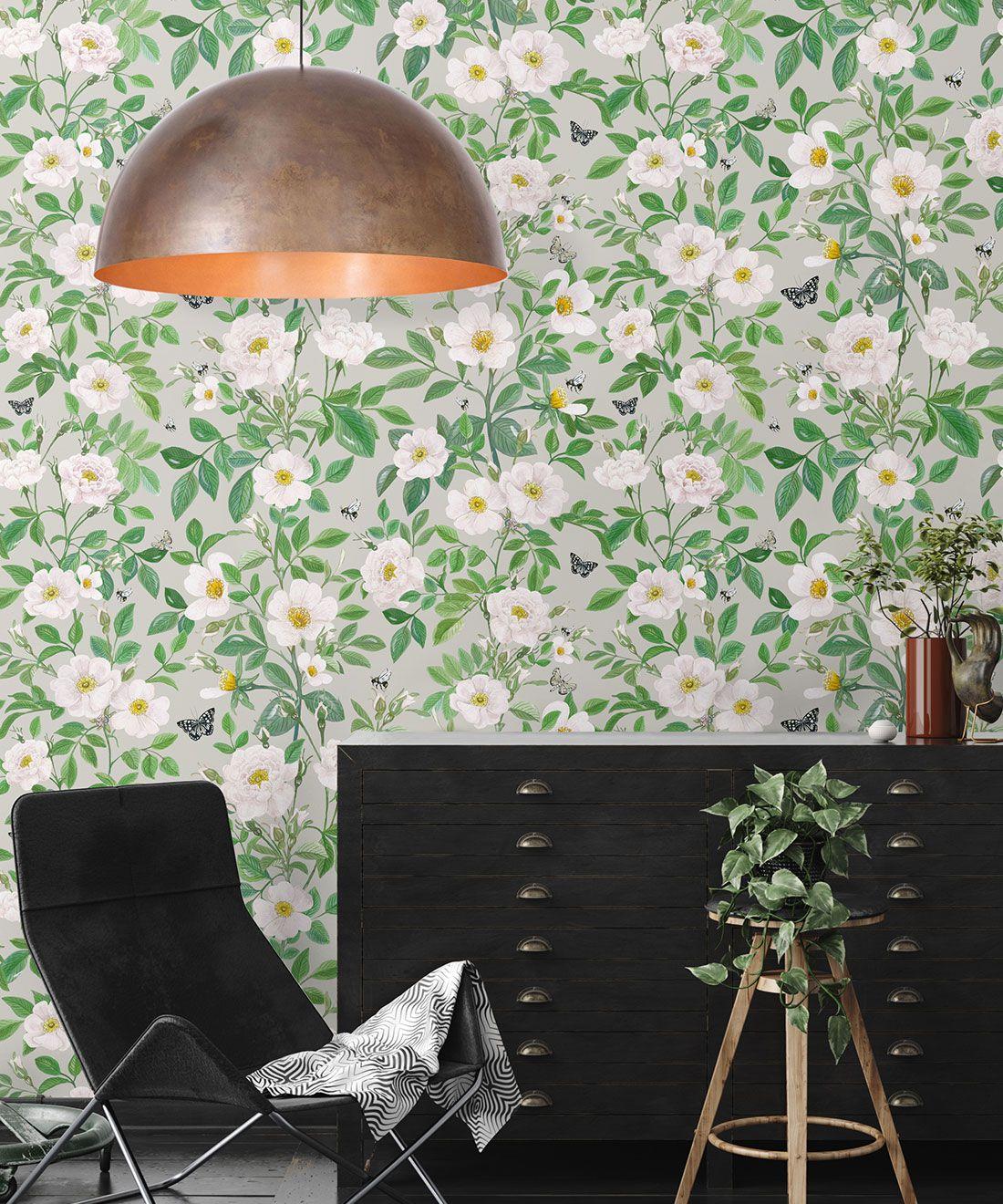 Rosa Wallpaper • Floral Wallpaper • Beige • Insitu