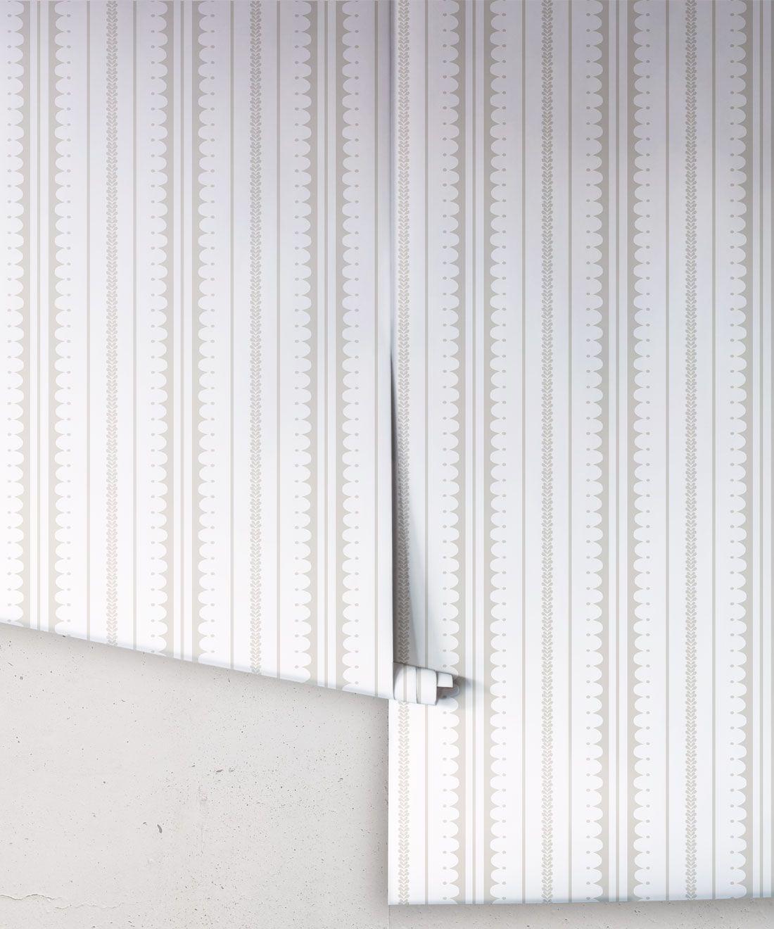 La Grand Coquille • Stripe and Scallop Wallpaper • Beige • Rolls