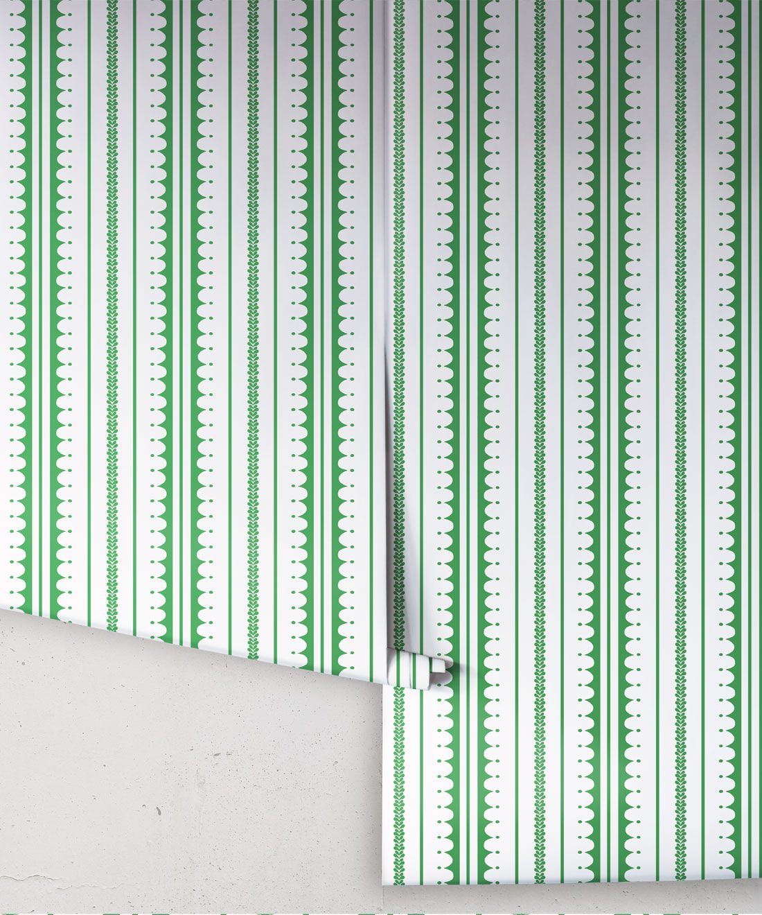 La Grand Coquille • Stripe and Scallop Wallpaper • Forest Green • Rolls