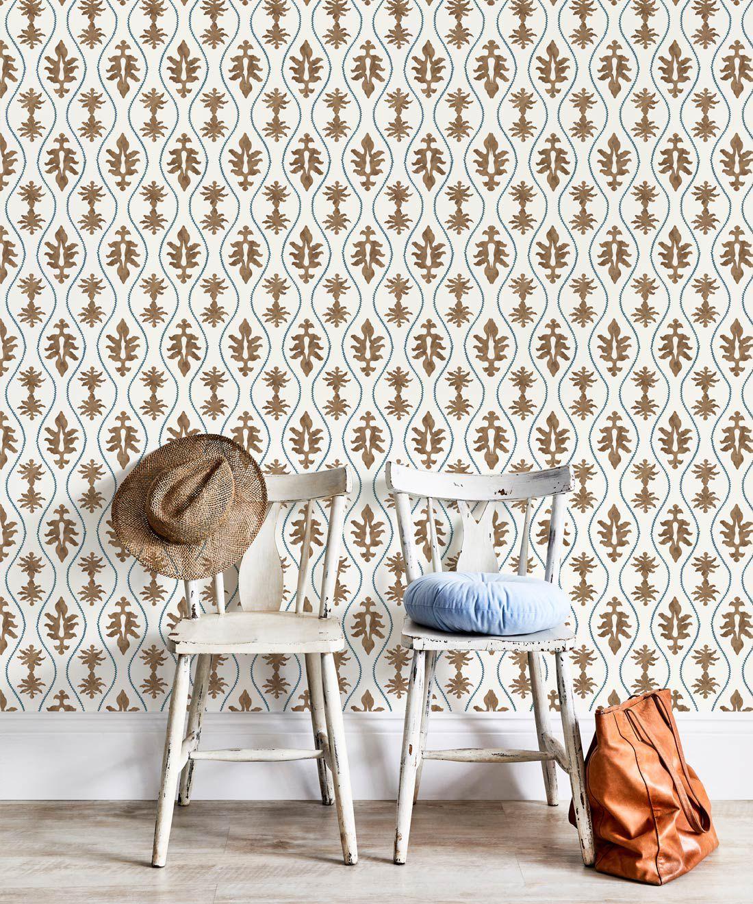 Great Jones Wallpaper • Dianne Bergeron • Chestnut •Insitu