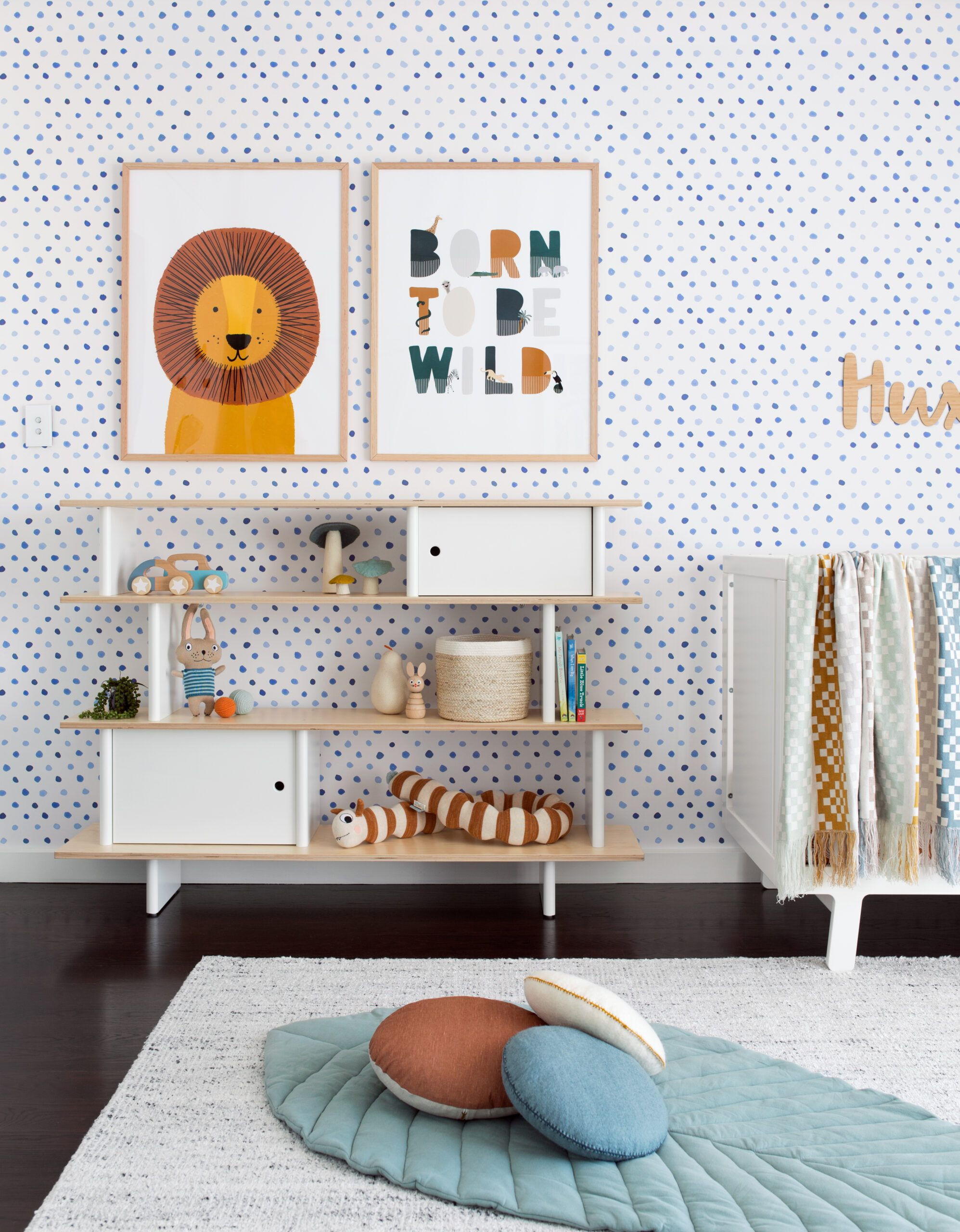 Dibba Dots Wallpaper, room by Oh Eight Oh Nine
